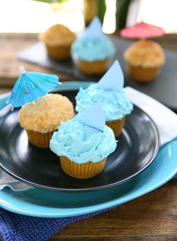 beach-cupcakes