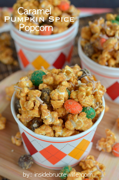Caramel-Pumpkin-Spice-Popcorn-title-3