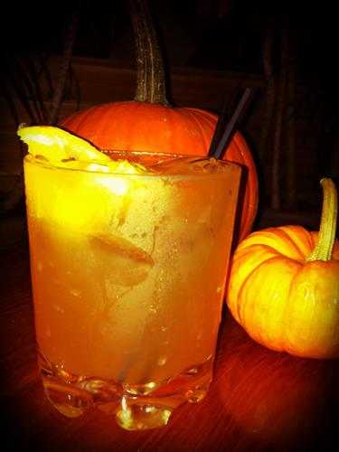 cos-04-halloween-cocktails-de