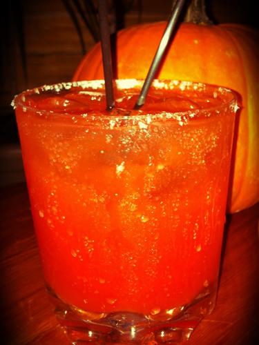 cos-09-halloween-cocktails-de