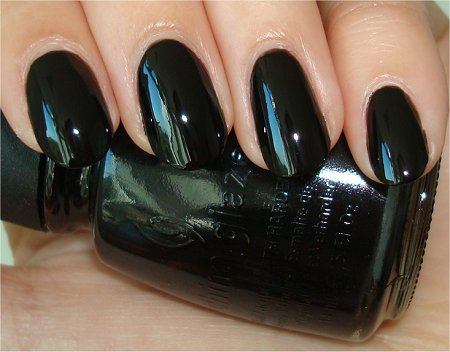Flash-Liquid-Leather-by-China-Glaze-Black-Polish-Swatch-Review