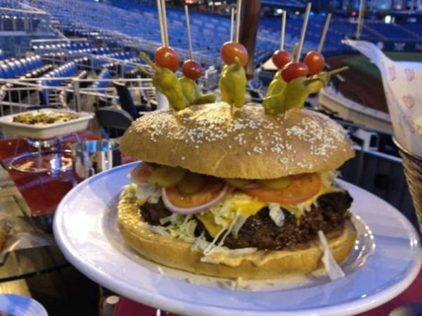 stadium-foods-014-10162013