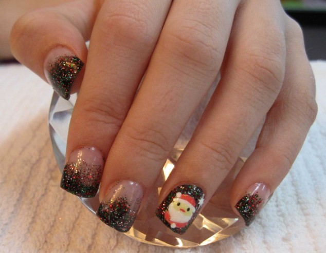 Christmas-Design-Nails-1024x797-634x493