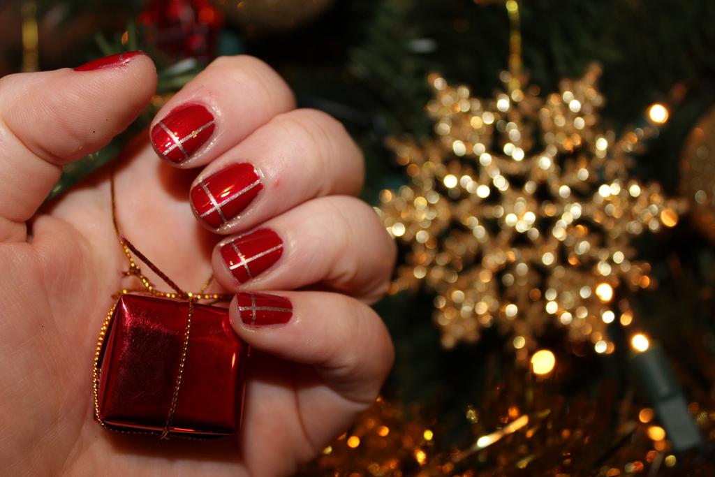 25 Cute as Christmas Nail art Designs! | Make Something Mondays!