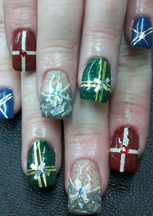 Christmas-nail-design