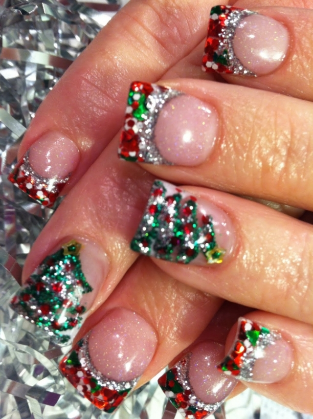 christmas_nails_2011