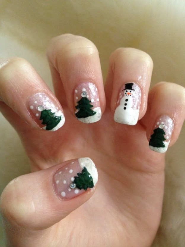 Cool-Christmas-Nail-Designs-768x1024-634x845
