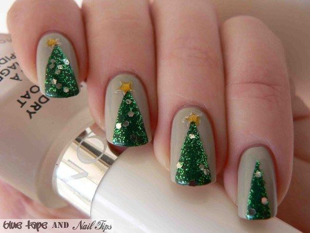 easy-simple-christmas-tree-nail-art-designs-5