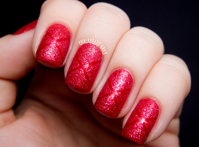 09-nail-art-new-years-red-sparkle-burlesque