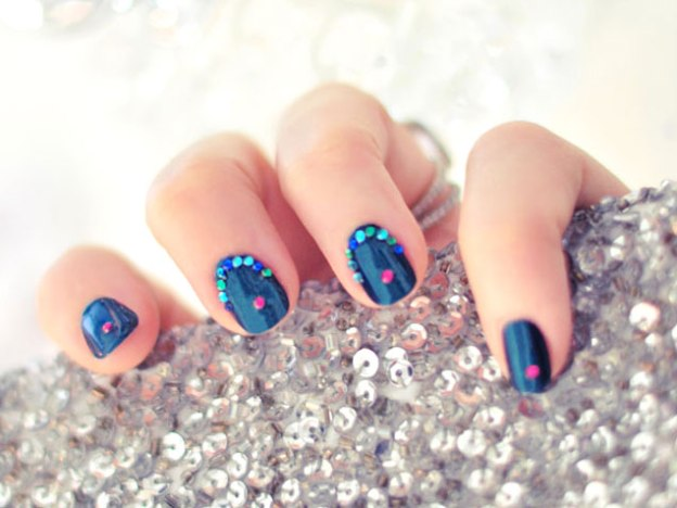 new-years-eve-nail-art-designs