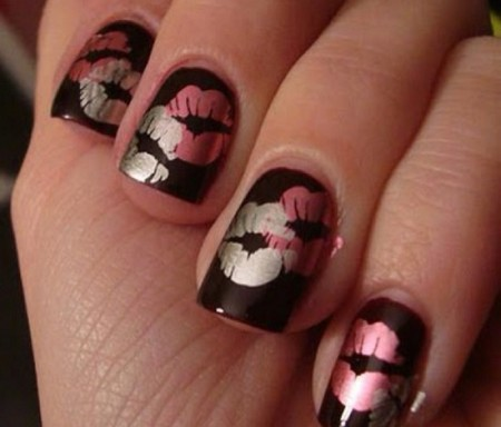 Latest-Valentines-Day-Nail-Designs--450x384